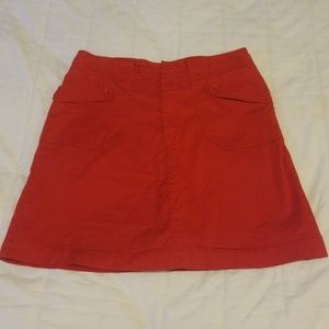 Red White Stag Stretch skirt, size 8